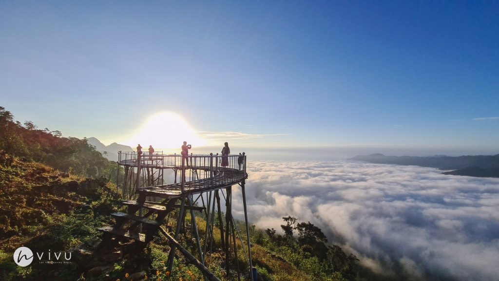 Săn mây Hang Kia