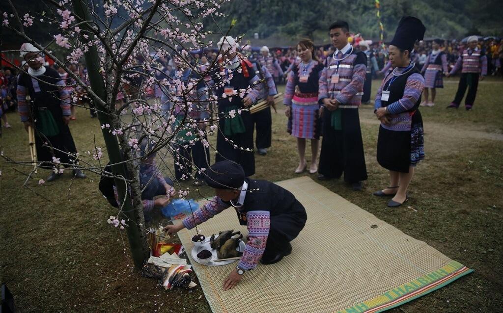 Lễ hội Gầu Tào tại Sapa