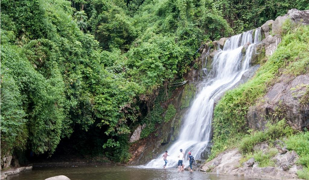 Khu du lịch sinh thái Ao Vua Ba Vì
