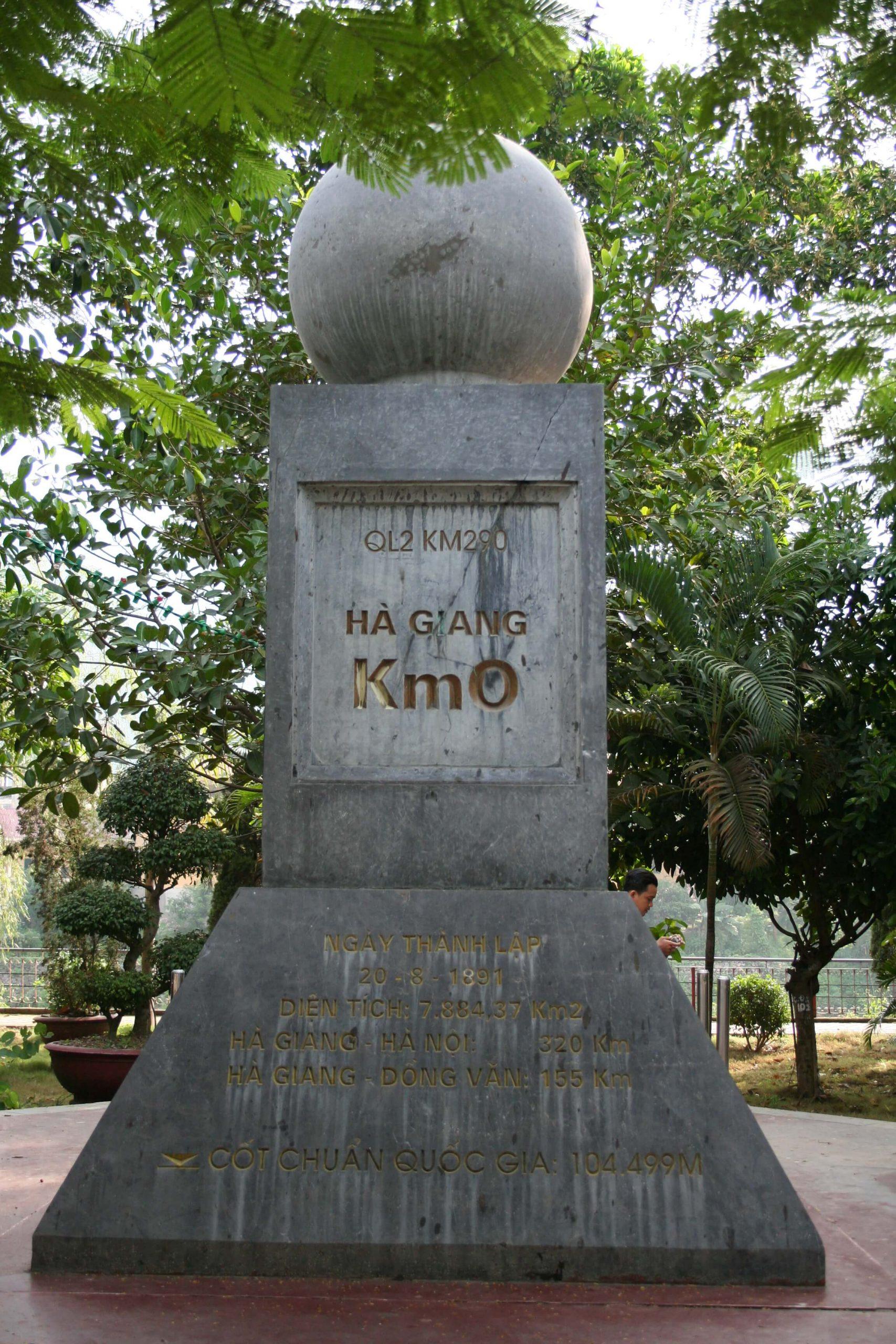 Cột mốc số 0 Hà Giang - Trải nghiệm du lịch Hà Giang