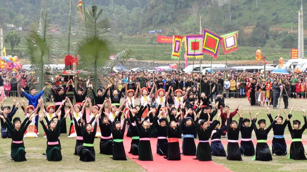 Lễ hội Lồng Tông