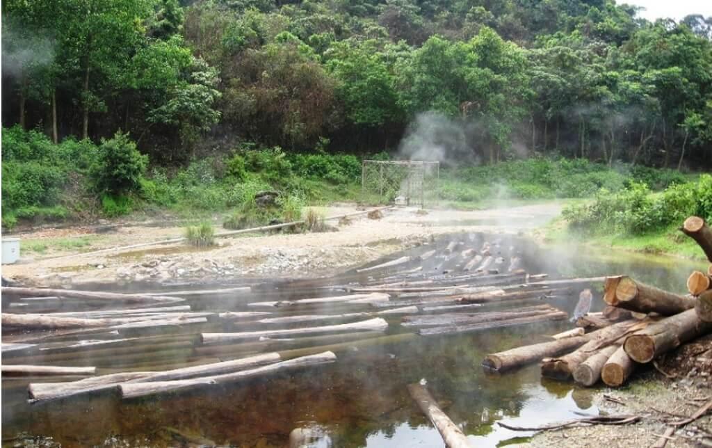 Suối khoáng Bang