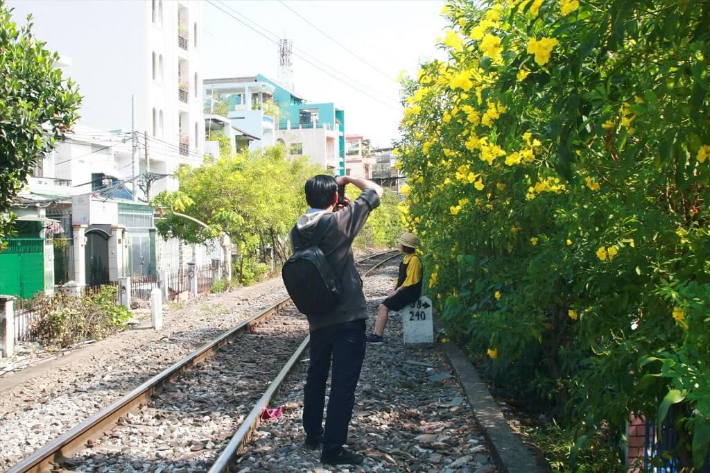 đường tàu chụp ảnh